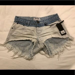Brand new w/ tags Bleach Dyed Frayed Denim Shorts
